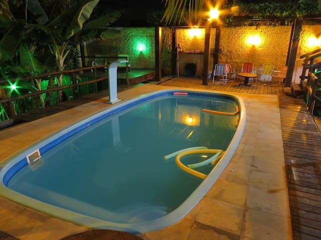 Casa c/ 3 quartos: piscina, sinuca e tranquilidade