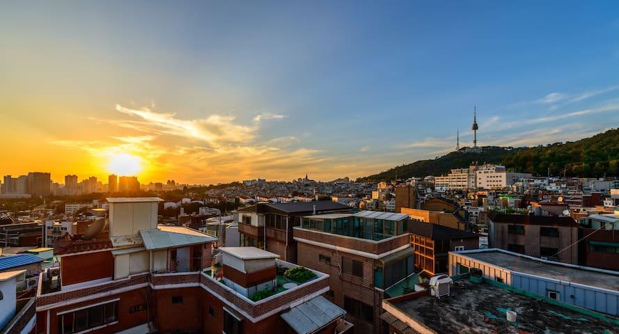Best Night & Sunset View of Namsan in Itaewon