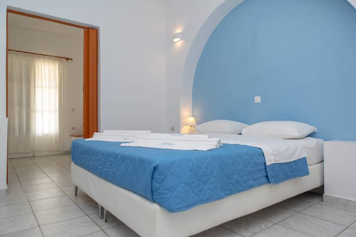 Family apartment in Mikri Vigla in Naxos