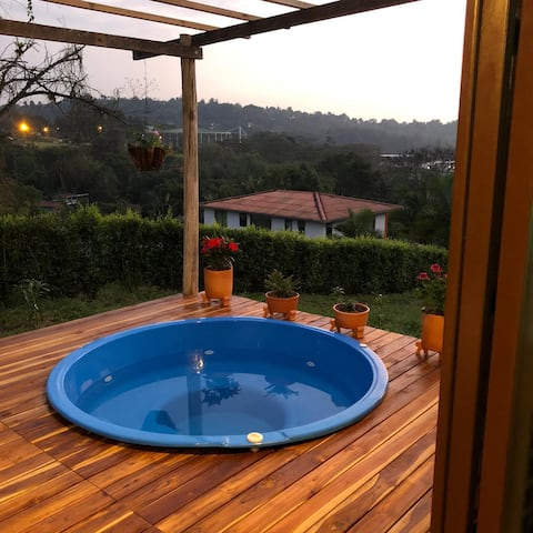 Cozy house with a hot tub in Fusagasugá