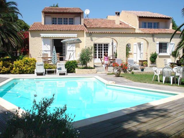 villa classée à 10 minutes bastia - Biguglia - Rumah
