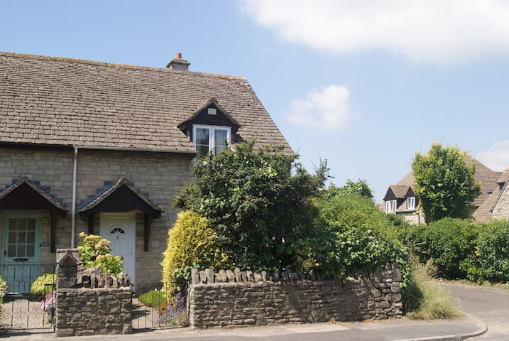 Charming Modern Cottage - Corfe Castle - House