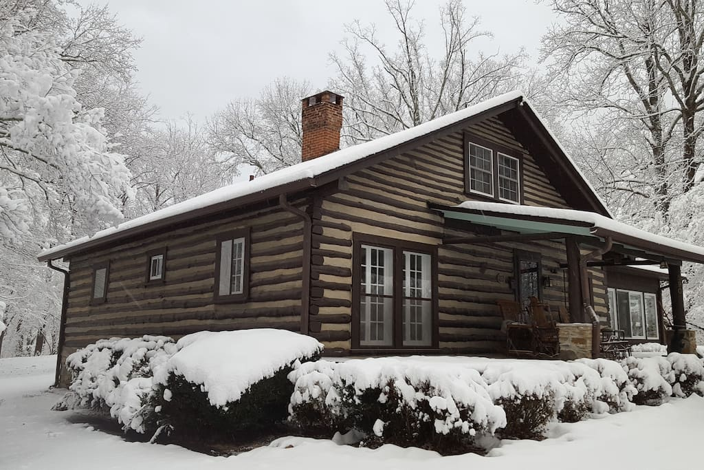 Historic Tryon Cabin