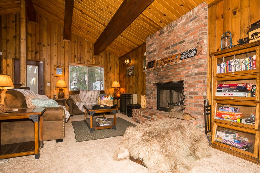 Cozy living room sits 6 people comfortably. Books, games and Smart TV access