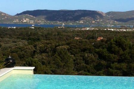 Villa 9 pers. vue 180° Golfe Porto Vecchio