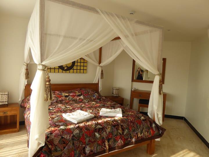 2 Br apartment in Tropical Beach