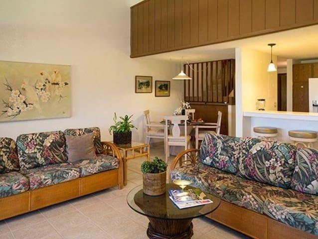 3 Bedroom 3 Bath Condo  / Golf Course + Ocean View