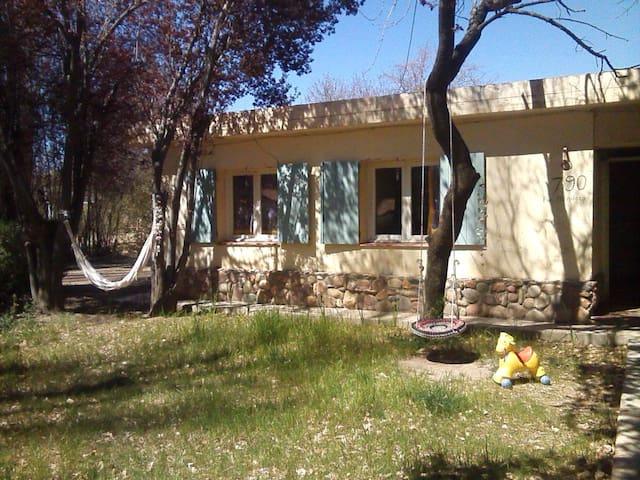 Hogar en Uspallata - La Jarilla