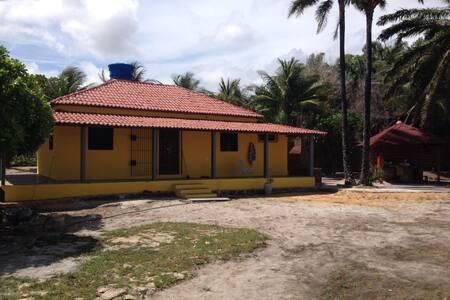 Casa de Praia Pitimbu-PB,120qm,3 Banheiros e Bar.