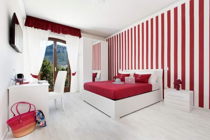 Villa Iolanda - La Rouge