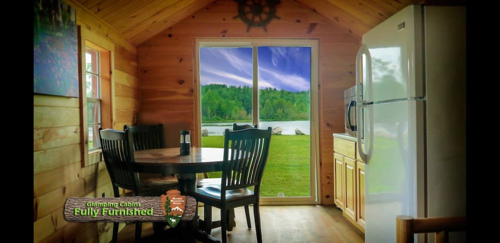 5 STAR WATERFRONT GLAMPING,KITCHEN, PRIVATE BATHS
