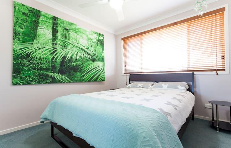 Comfort at its best close to Macquarie Uni & park