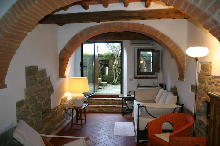 Cosy Town House in Tuscany - Monte San Savino - Hus