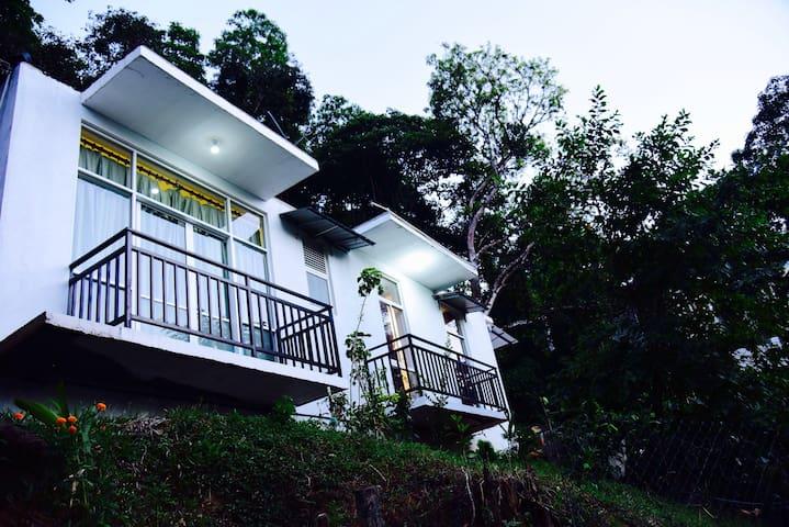 Kandy Hill Villa - แคนดี้ - วิลล่า