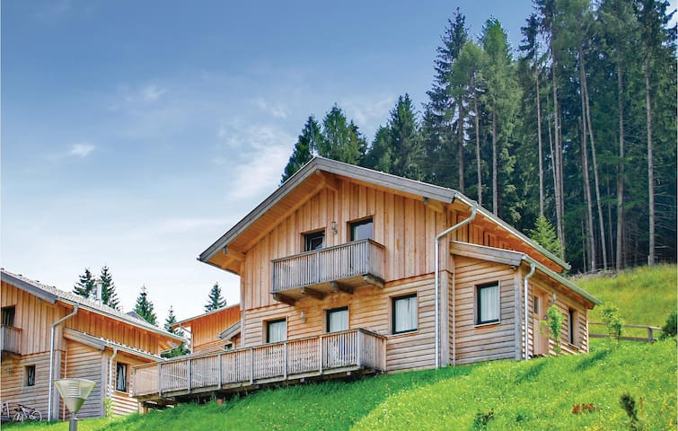 Nice home in Annaberg im Lammertal with WiFi and 3 Bedrooms