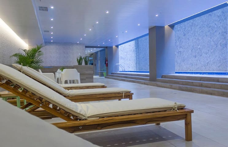 Apartamento NUEVO, piscina, jacuzzi, sauna