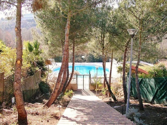 2 room flat in private estate with pool