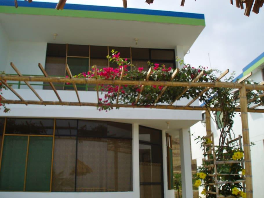 A Punta Cocos Beach two story casita. Una de las casitas de 2 pisos.