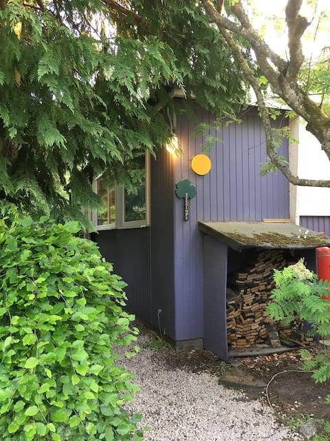 Findhorn Community original  wood bungalow, Room2