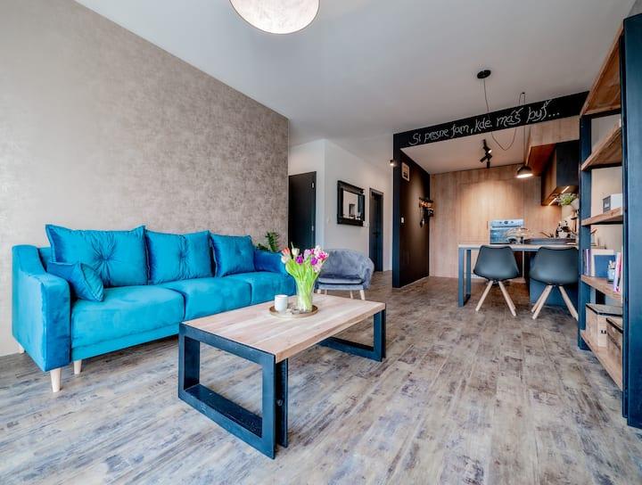 B10 Apartments -the BEST LOCATION - PARK & PARKING