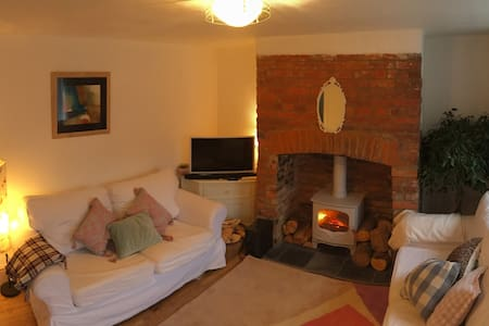 Double bed in cosy Rosie Cottage - Beaminster