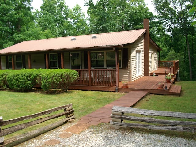 Cabin1904 - Crossville - Houten huisje