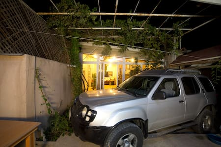 Artistic House with car for advantures - Yerevan