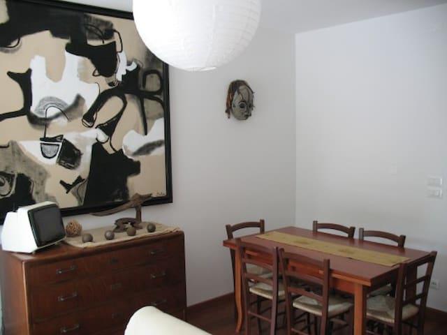 Fancy apartment full of culture! - Padwa - Apartament