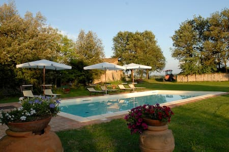 Farmhouse with pool (Rosmarino) - Monteroni - Villa