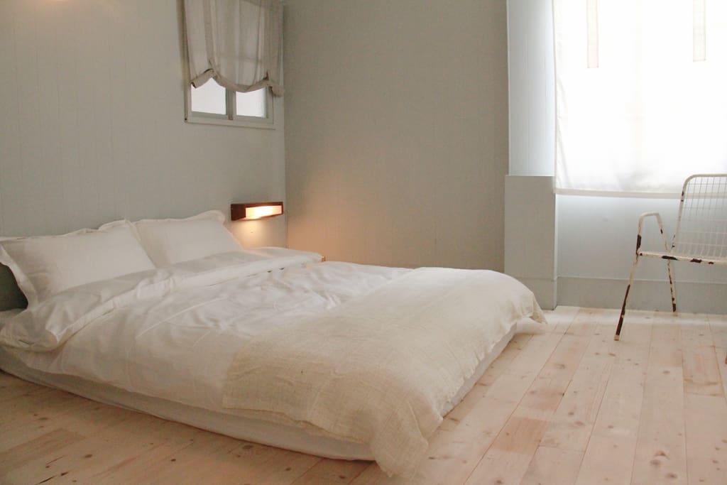 獨立筒雙人床