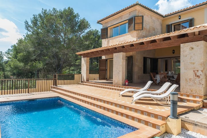 Lluna - lovely villa with private pool - Capdepera - Casa