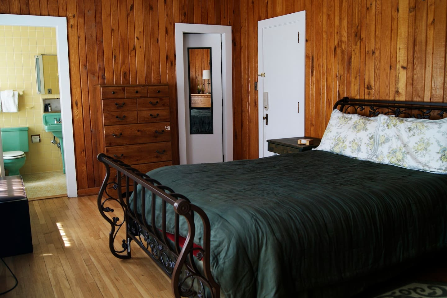 Emerald Room at the Lodge