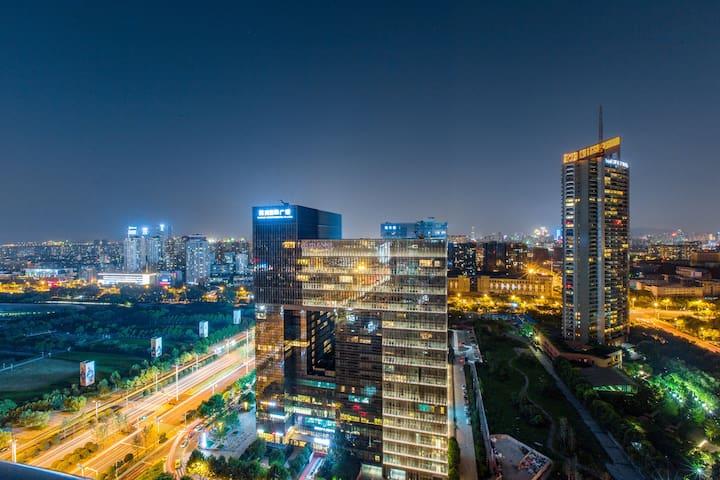 奥体·中央公馆2m宽床Wifi早餐EnglishServ
