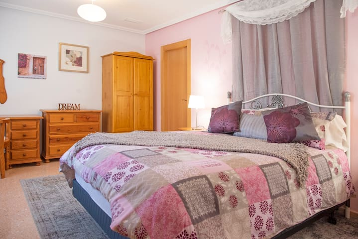 The Master bedroom, with its very comfortable Queen sized bed, and beautiful decor will ensure a peaceful nights sleep.