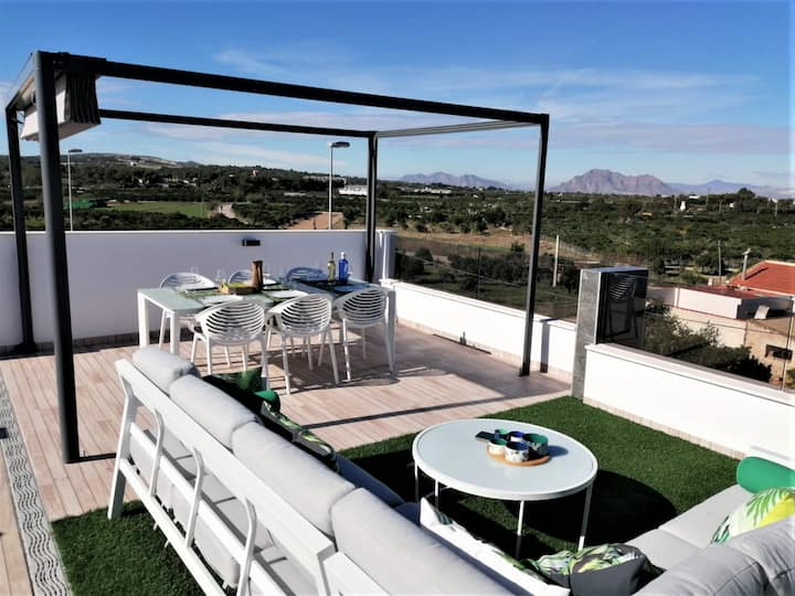 Fantastic luxury 3 bedroom villa (Torrevieja)