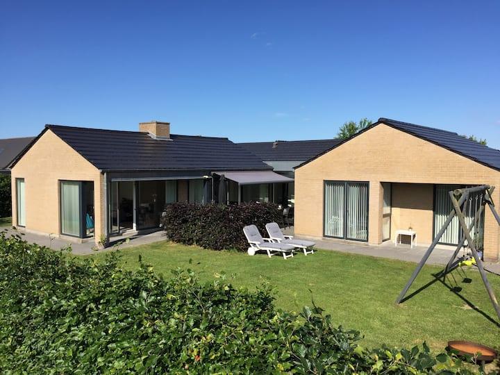 Large house near Aarhus, Djursland and the beach