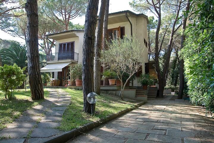 Villa Principina a Mare