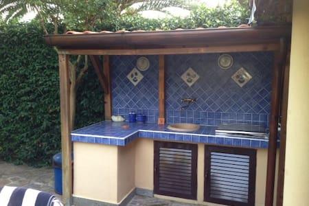 TORRE MAREMMA Nice villa 9 sleeps - Capalbio - Huvila