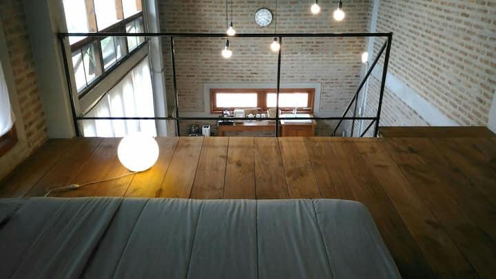Art farm studio (S1 red brick)