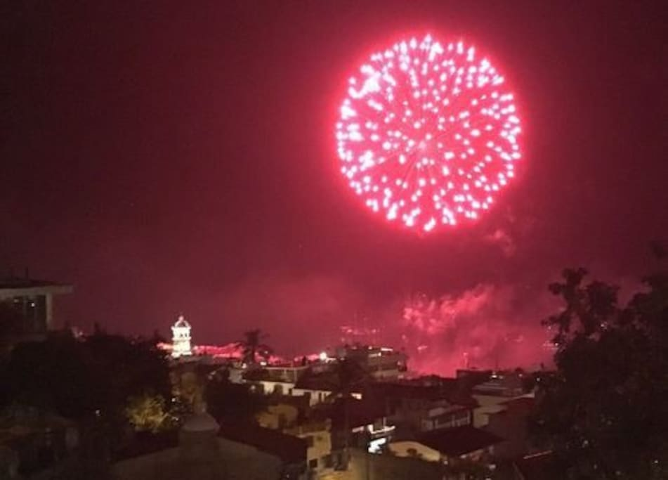 Watch the nightly fireworks in the bay directly in front.