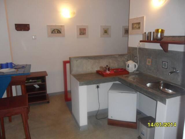 Tea & Coffe facilities and fridge