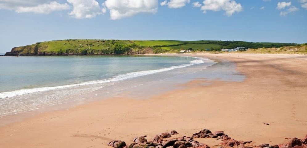 Broadhaven Cottage, Freshwater East, Pembs - Freshwater East - Hus