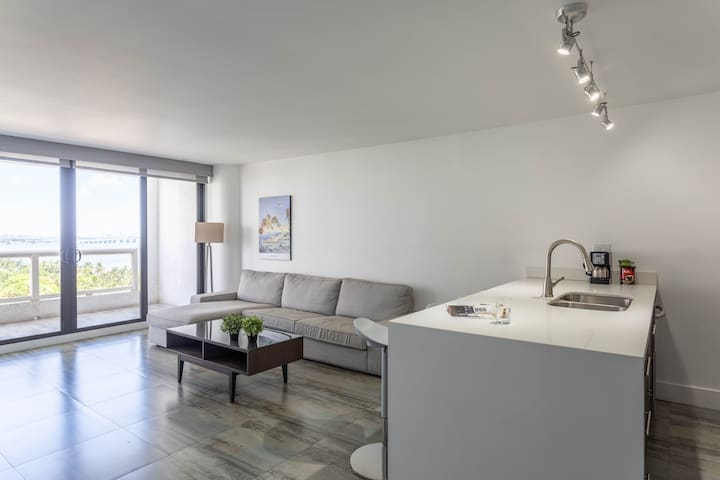 ⭐Modern and new  4 beds +Free Valet⭐1250