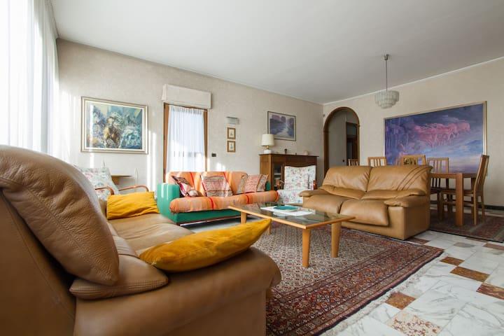 Spazioso appartamento alle porte di Milano