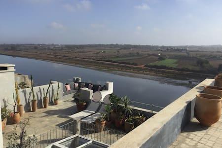 Beau Riad au bord d'un fleuve - Azemmour - Ev