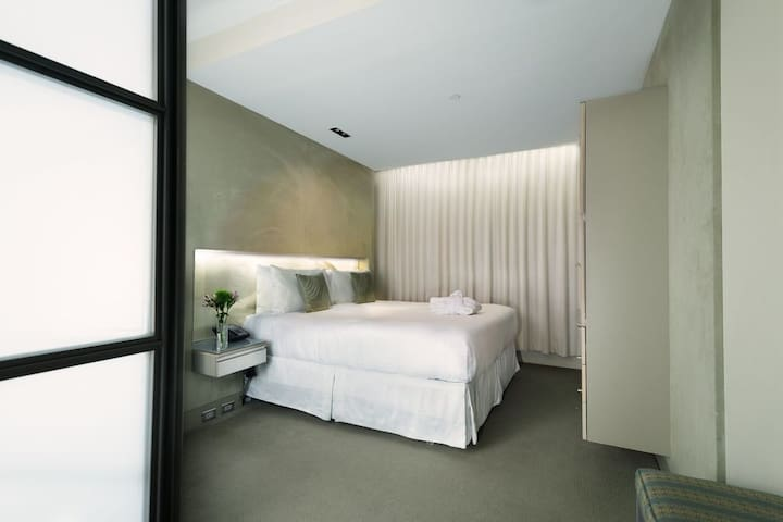 Boutique Hotel close to 5th Ave and Central Park