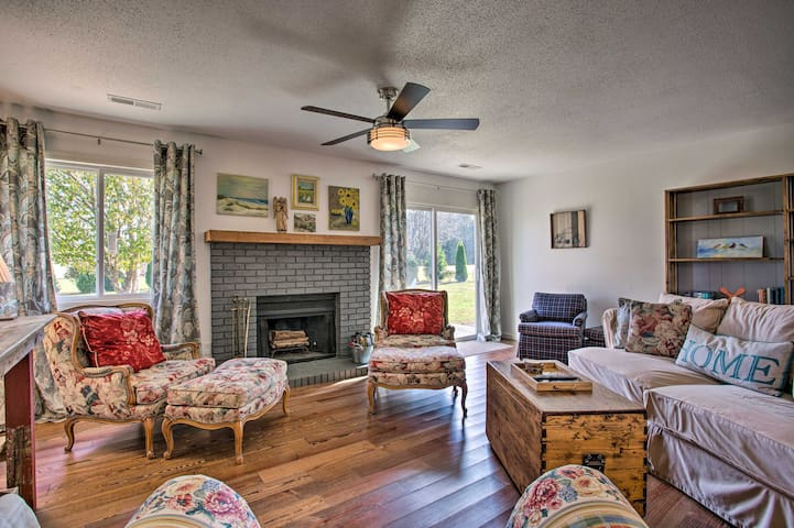 NEW! River Valley Oasis w/ Gorgeous Views & Yard!