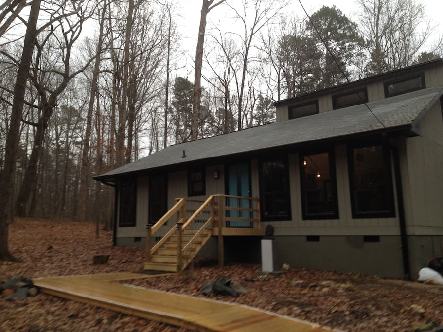 Modern Cabin in Woods Near Carrboro