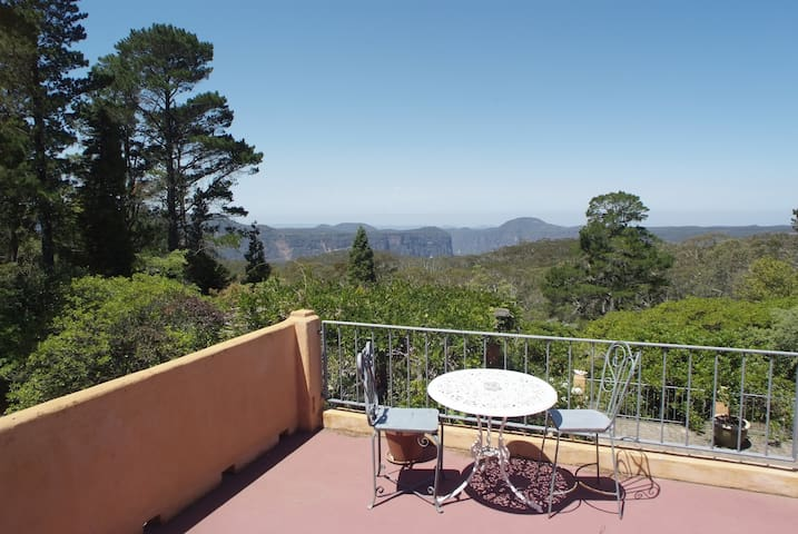 Mountain-Top House with great views - Blackheath - House