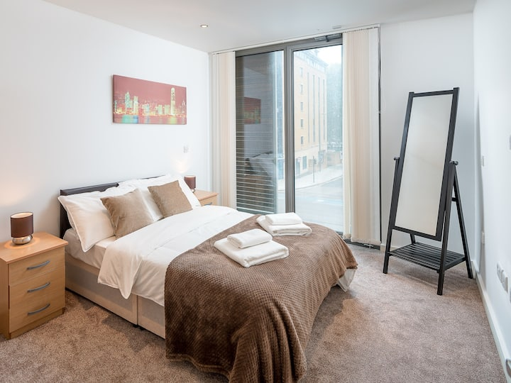 SO - Standard Double Room with Shared Bathroom